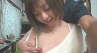ショートヘアで美乳の21歳ライブハウス勤務の子が初ハメ撮りで緊張のエッチ